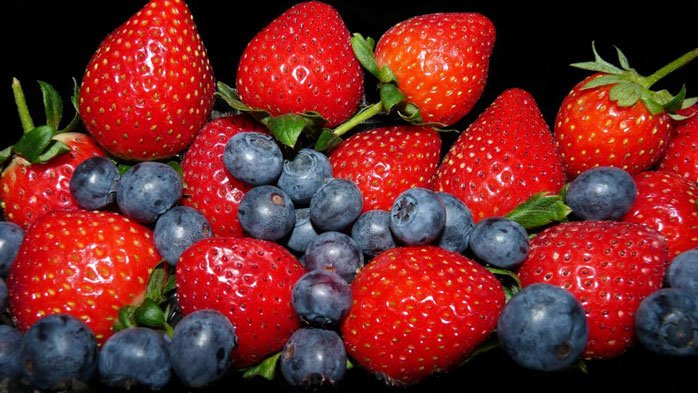 Amazing fruits and berries are on the ketogenic diet food plan.